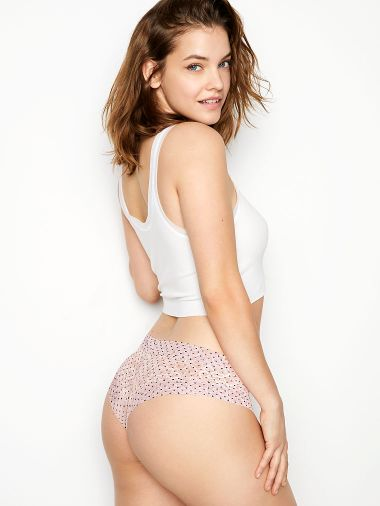 Panty-Cheeky-con-Encaje-Floral-Victoria-s-Secret