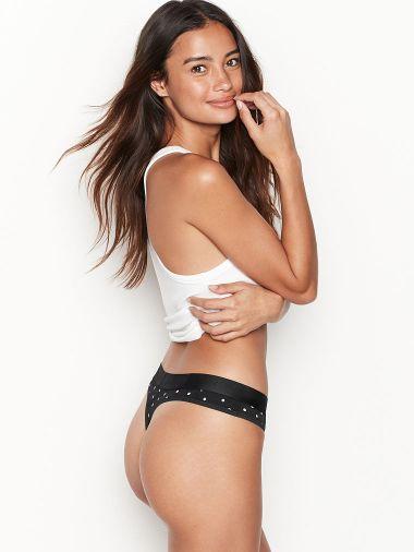 Panty-Tanga-Stretch-con-Logo-Victoria-s-Secret