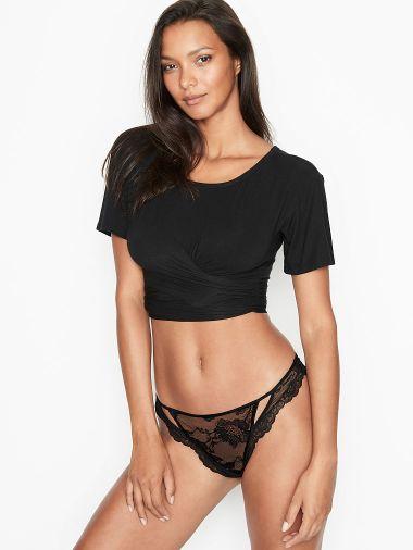 Panty-Tanga-de-Encaje-con-Recorte-Victoria-s-Secret